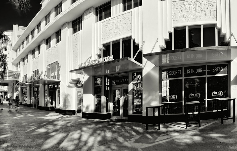 Lincoln Rd.<br /> 4-shot pano