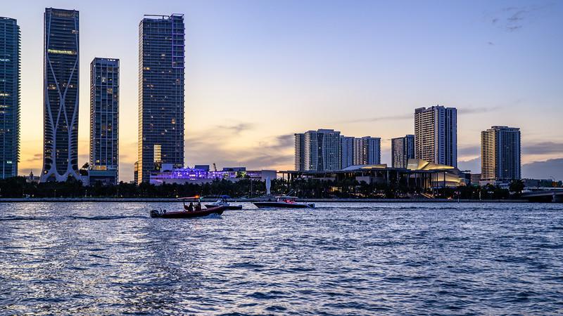 Sunset Cruise on the Mariah