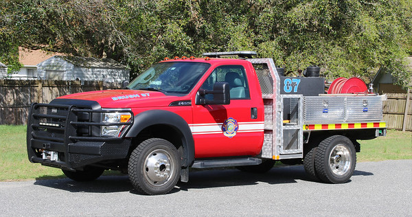 Brush 87.  2011 Ford F-550 / Lake County Fire   250 / 300 / 10F