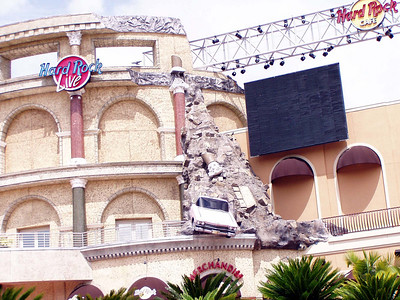 20  Hard Rock Cafe