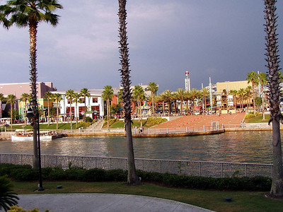 13  Universal City