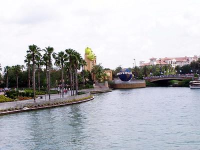 17  Universal Studios Entrance