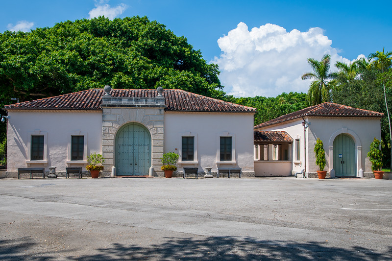 Vizcaya Village Tour