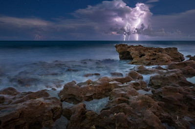 """Lightning Night"""