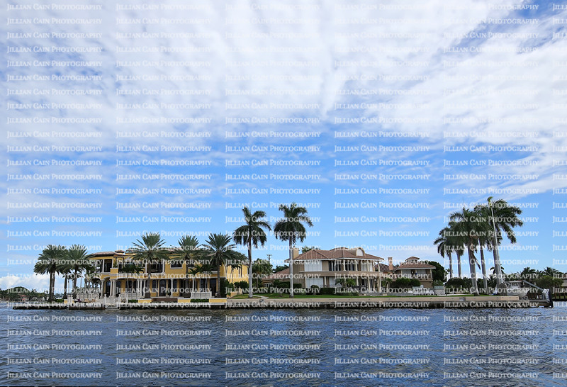 Coastal luxurious waterfront homes along the New River in downtown Fort Lauderdale, Florida.