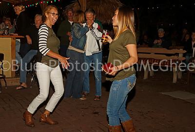 Dancin' to the Nouveaux Honkies