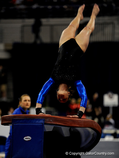 (Casey Brooke Lawson / Gator Country) Freshman Nicole Ellis competes on vault during the Gators victory over the Oklahoma Sooners in Gainesville, Fla., on January 9, 2009.