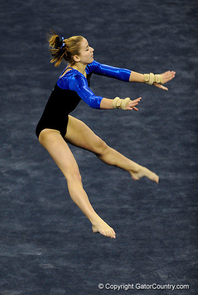 (Casey Brooke Lawson / Gator Country) Freshman Amy Ferguson competes on floor during the Gators victory over the Oklahoma Sooners in Gainesville, Fla., on January 9, 2009.