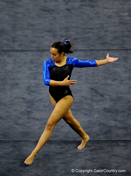 (Casey Brooke Lawson / Gator Country) Junior Miranda Smith competes on floor during the Gators victory over the Oklahoma Sooners in Gainesville, Fla., on January 9, 2009.
