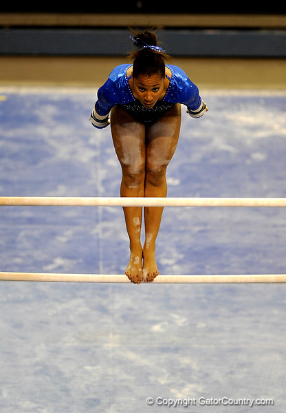 (Casey Brooke Lawson / Gator Country) Junior Melanie Sinclair competes on bars during the Gators victory over the Oklahoma Sooners in Gainesville, Fla., on January 9, 2009.