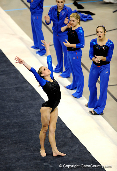 (Casey Brooke Lawson / Gator Country) Senior Corey Hartung prepares to compete on floor during the Gators victory over the Oklahoma Sooners in Gainesville, Fla., on January 9, 2009.