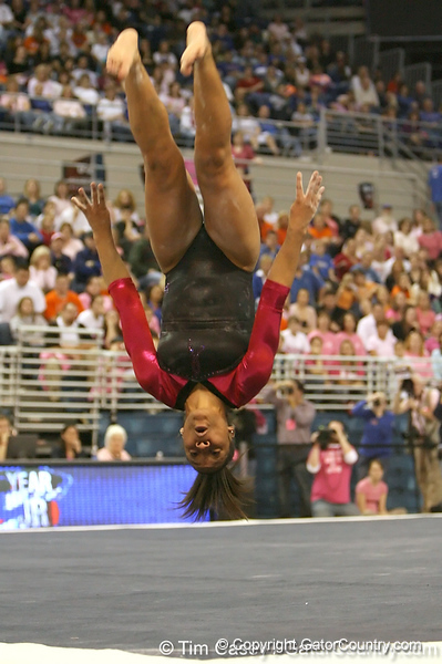 photo by Tim Casey<br /> <br /> Florida junior Melanie Sinclair earns a 9.875 on the floor exercise during the Gators' 195.925-193.850 win against the Kentucky Wildcats on Friday, January 30, 2009 at the Stephen C. O'Connell Center in Gainesville, Fla.