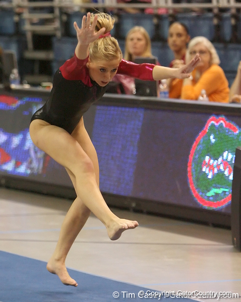 photo by Tim Casey<br /> <br /> Florida senior Corey Hartung earns a 9.825 on the vault during the Gators' 195.925-193.850 win against the Kentucky Wildcats on Friday, January 30, 2009 at the Stephen C. O'Connell Center in Gainesville, Fla.