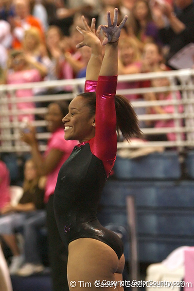 photo by Tim Casey<br /> <br /> Florida junior Melanie Sinclair earns a 9.85 on the vault during the Gators' 195.925-193.850 win against the Kentucky Wildcats on Friday, January 30, 2009 at the Stephen C. O'Connell Center in Gainesville, Fla.