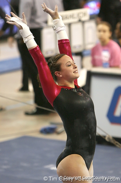 photo by Tim Casey<br /> <br /> Florida freshman Elizabeth Mahlich earns a 9.8 on the bars during the Gators' 195.925-193.850 win against the Kentucky Wildcats on Friday, January 30, 2009 at the Stephen C. O'Connell Center in Gainesville, Fla.