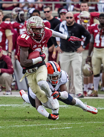 WR Kenny Shaw led all receivers with 7 receptions for 99 yards and a TD.  Shaw's second straight game with 99 yards receiving. The #2 ranked Florida State Seminoles dominated Syracuse 59-3 Saturday at Doak Campbell stadium.  The Seminoles complete the 2013 home stand next weekend against Idaho before travelling to Gainesville to close out the regular season.