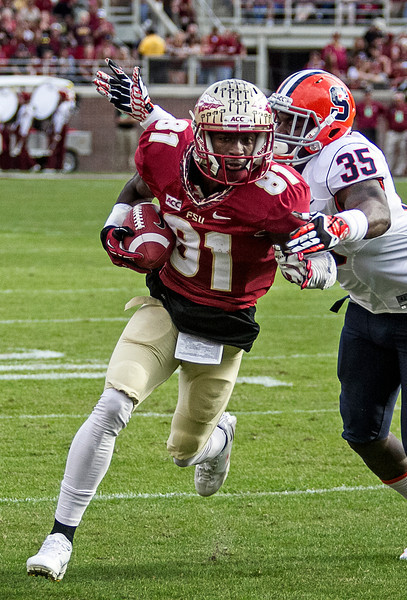 WR Kenny Shaw led all receivers with 7 receptions for 99 yards and a TD.  The #2 ranked Florida State Seminoles dominated Syracuse 59-3 Saturday at Doak Campbell stadium.  The Seminoles complete the 2013 home stand next weekend against Idaho before travelling to Gainesville to close out the regular season.