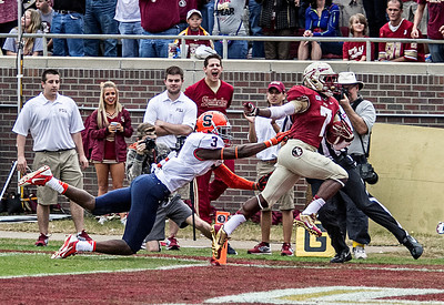 Freshman WR Kermit Whitfield races 74 yards for a TD in the 1st quarter as the #2 ranked Florida State Seminoles dominated Syracuse 59-3 Saturday at Doak Campbell stadium.  The Seminoles complete the 2013 home stand next weekend against Idaho before travelling to Gainesville to close out the regular season.