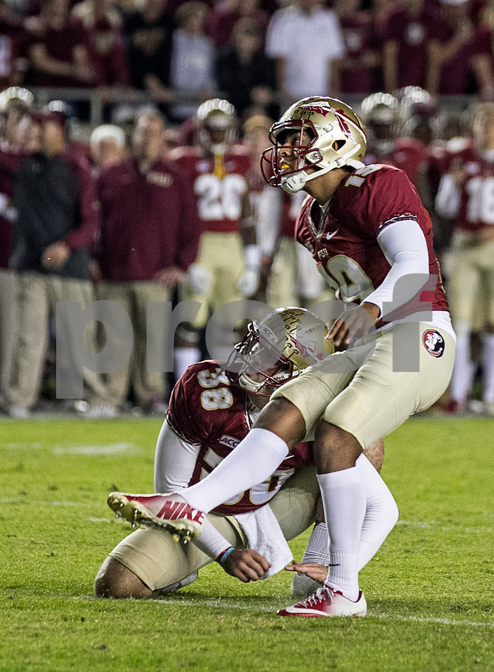 Roberto Aguayo remained perfect on the season adding 5 extra points and 2 field goals as the #3 ranked Seminoles defeated the #7 ranked Miami Hurricanes 41-14 Saturday night in a top 10 ACC match-up of unbeaten teams.