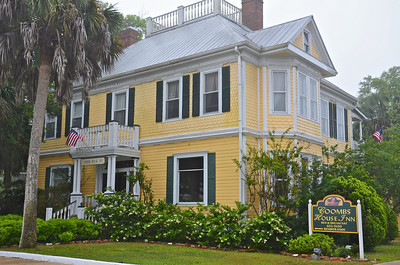 There are several places for accommodations in Apalachicola from chain motels to historic bed and breakfast's to river-front inns.