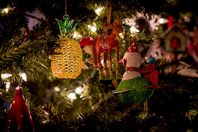 Pineapple Ornament - hand spun glass