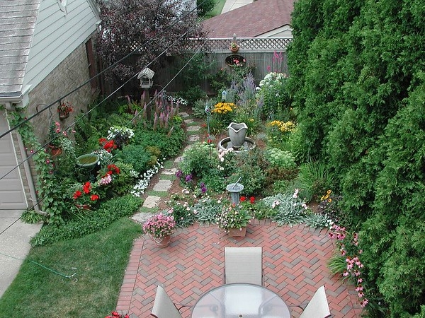 Charlie's Garden 08/11/04