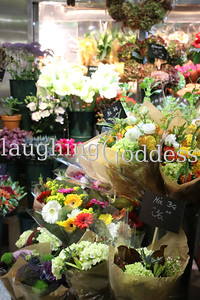 Title: New York City Flower Market with Gebra Daisies