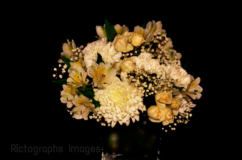 Beautiful CWhite Flower Bouquet