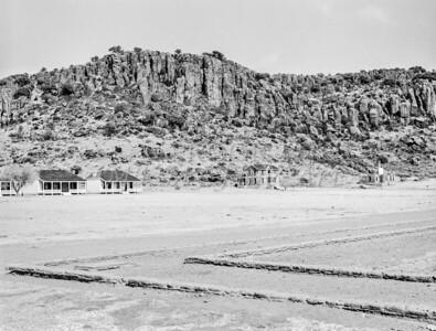 1009.501 Fort Davis Texas Classic Black and White