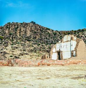 1009.005 Fort Davis Texas in Color