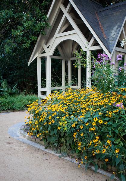 08152009 Entrance to native garden