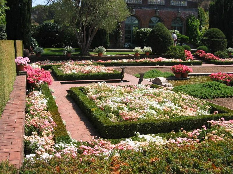 Sunken gardens cl
