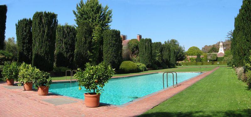 Pool [panorama]