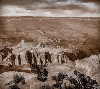 1008.247 Grand Canyon In Antique B&W