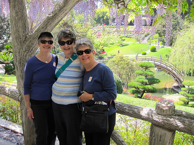 Ladies at the Japanese Garden
