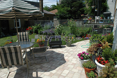 Patio and pots, June 27, 2006