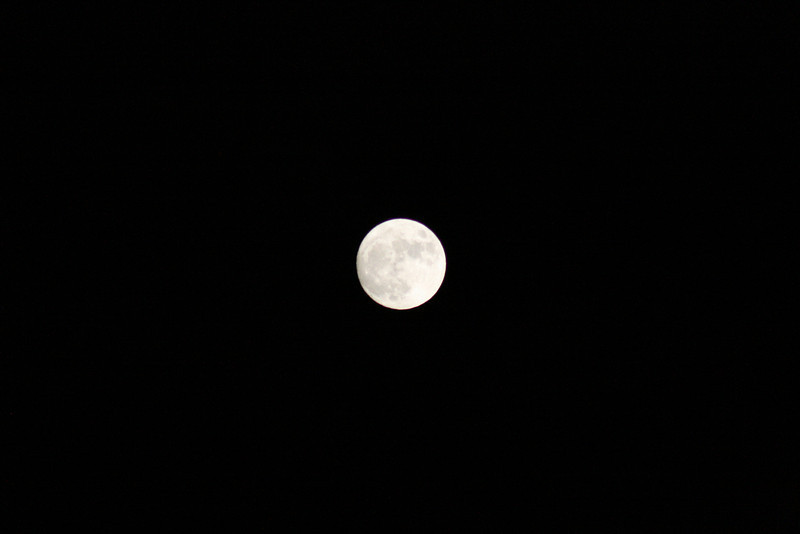 Moon from Glen's balcony