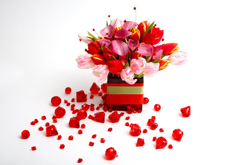LOVE ME from CHRISTMAS to VALENTINE'S DAY - Tulips and Calla Lilies