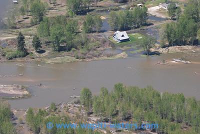 A temporary island just downstream of Poker Joe.