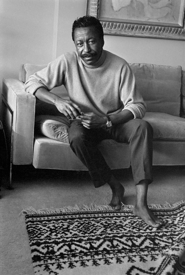 USA. New York City. 1964. Gordon PARKS, photographer.