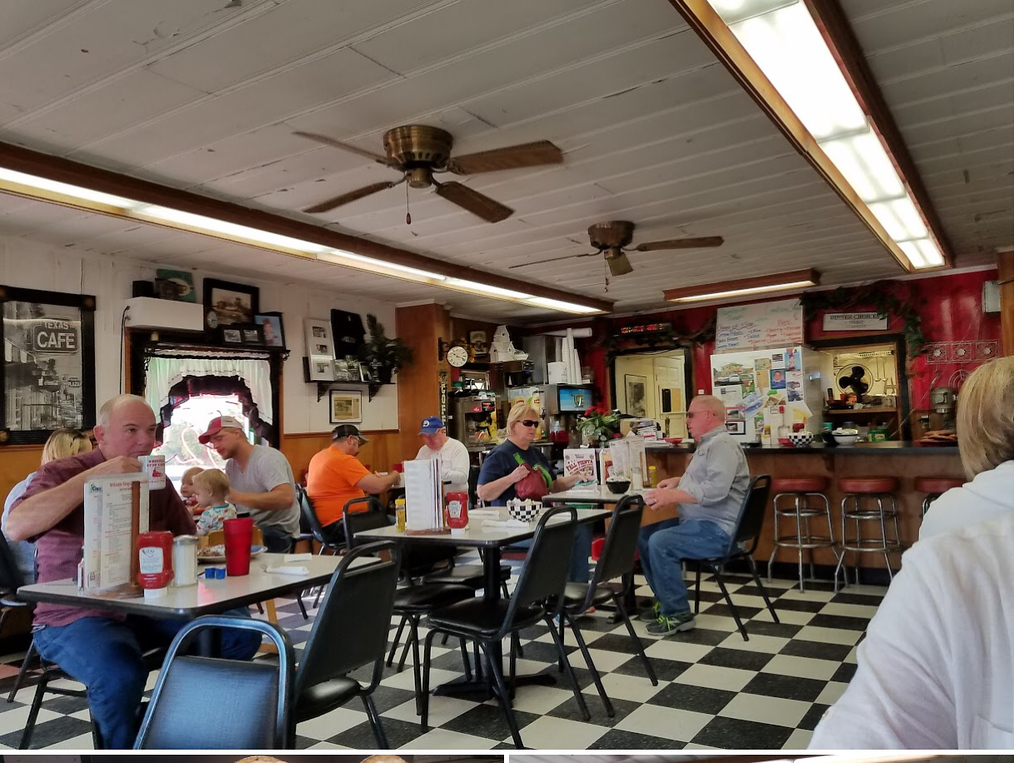 I grabbed this picture of the whistle stop Café off the Internet. I don't know who took it, but it's a very good picture of what to expect. Smalltown Café with lots of patina and ambience.  The staff call you 'Honey' and 'Shuug'.  Perfect.<br /> <br /> Biscuits to die for.