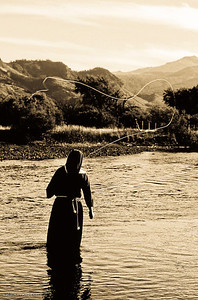 sister mary throwing some tight loops on the malleo river, argentina