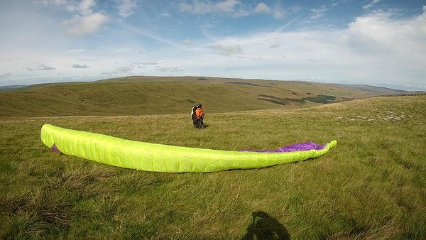 Ben ... very light wind; very off to the north - but the sun is now out.