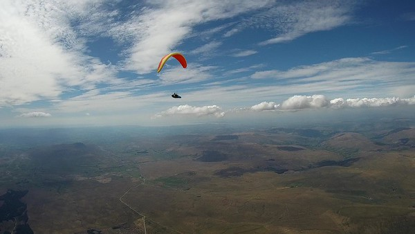 Richard Meek approaches on his Zeno ... height about 6,800' asl