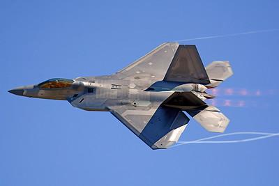 US Air Force F-22 Raptor Abbotsford, BC 2015