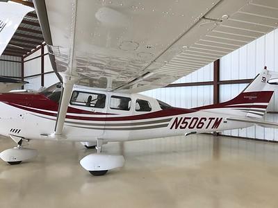 Cessna 206 (008)