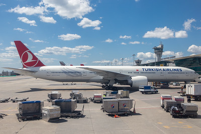 Turkish 777W at Istanbul