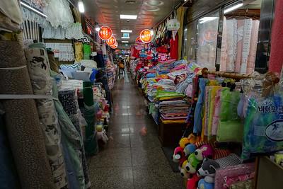 Fabric and clothing market