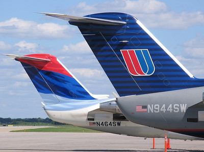 SkyWest - CRJ 200s N464SW, N944SW