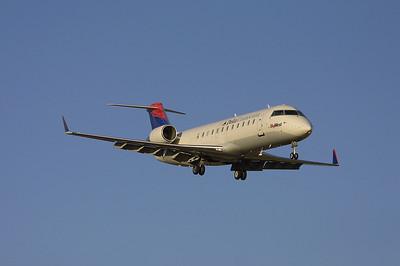 SkyWest - Delta Connection CRJ 200 N454EV